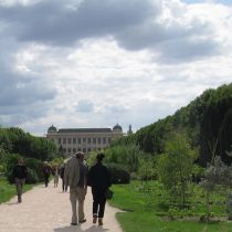 Strolling thru the Jardin des Plantes. Photo by Frog Mom