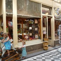 Passage Jouffroy. Photo by Frog Mom