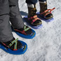 Kid snow shoes