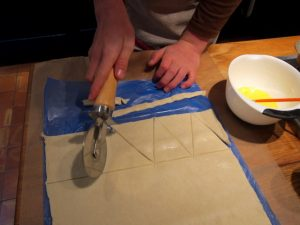 Cutting triangles for the crackers