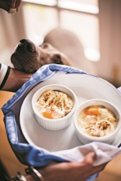 The breakfast book - Dorset Cereals - oeufs cocotte