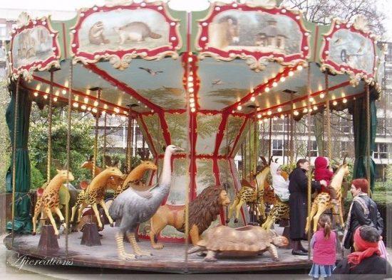 Le Dodo Carousel