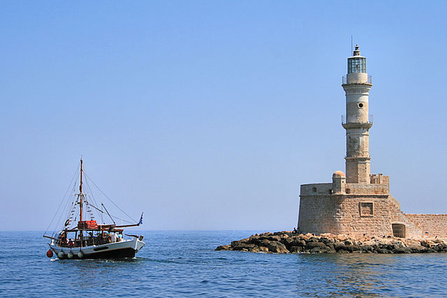 Lighthouse Hikes around the World - Chania