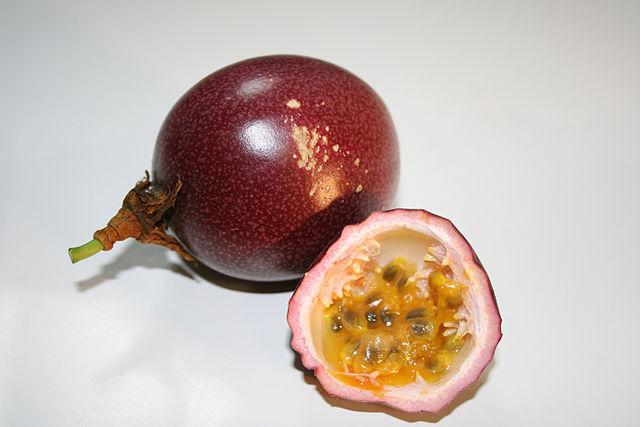 Passiofruit cake - Passionfruit