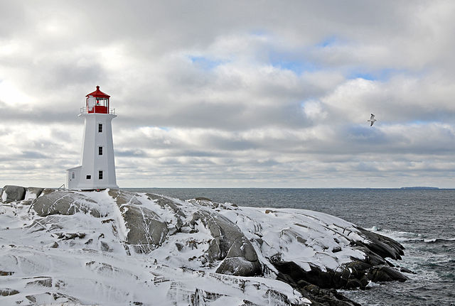 Lighthouse Hikes around the World - Peggy's Point