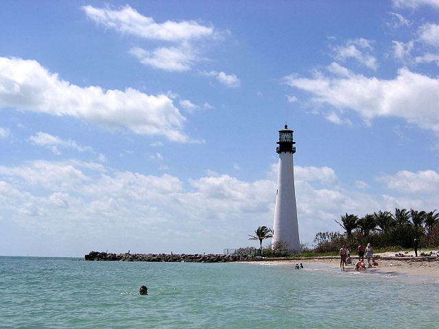 Lighthouse Hikes around the World - Cape Florida