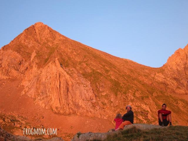 Les Estagnous - Red sun on Mont Valier