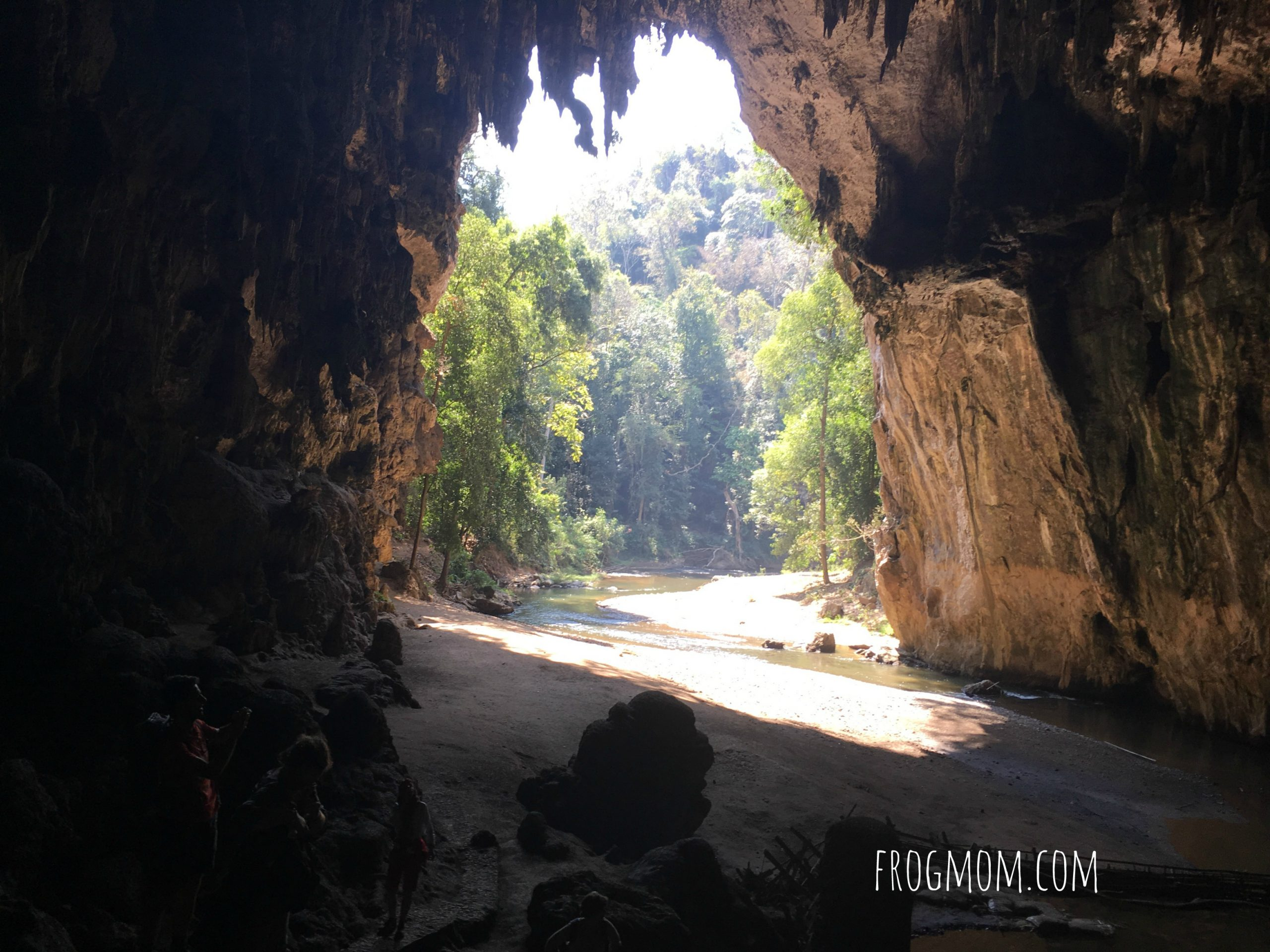 Tham Nam Lod