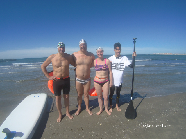 Axel Vander Elst, Jacques Tuset, Laure Latham about to swim to Fort de Brescou with William Tuset as boat support