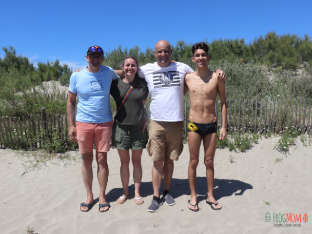 Axel vander Est, Laure Latham, Jacques Tuset, William Tuset - after swimming to Fort de Brescou in Occitanie