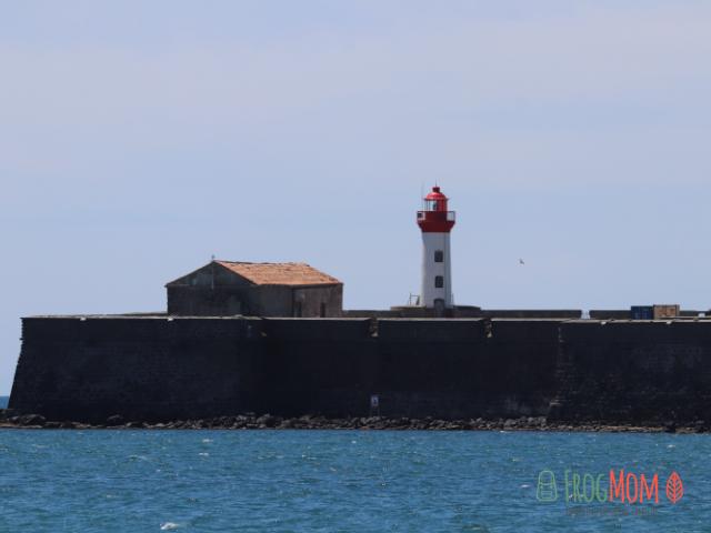 Fort de Brescou - lighthouse