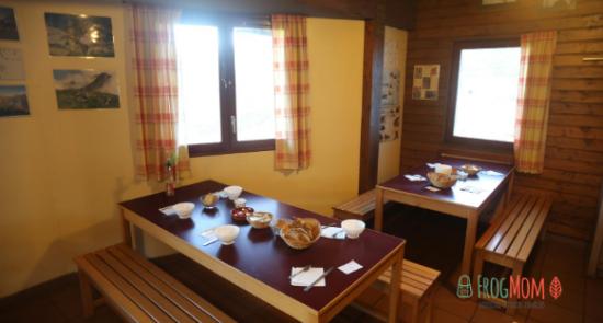 Dining room at Refuge du Rulhe