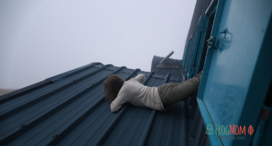 Climbing on the roof of Refuge du Rulhe